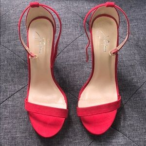 Like new! Red heels size 6.5